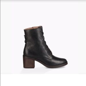 Ugg Oriana Leather Ankle Boots